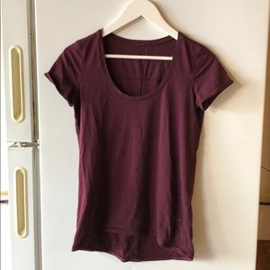 Lululemon scoopneck T-shirt